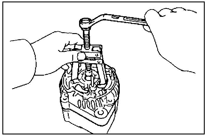 Выпрессовка крышки  со стороны выпрямительного блока